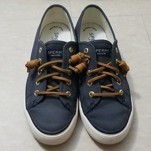NWOT Sperry Loafers Blue with leather laces